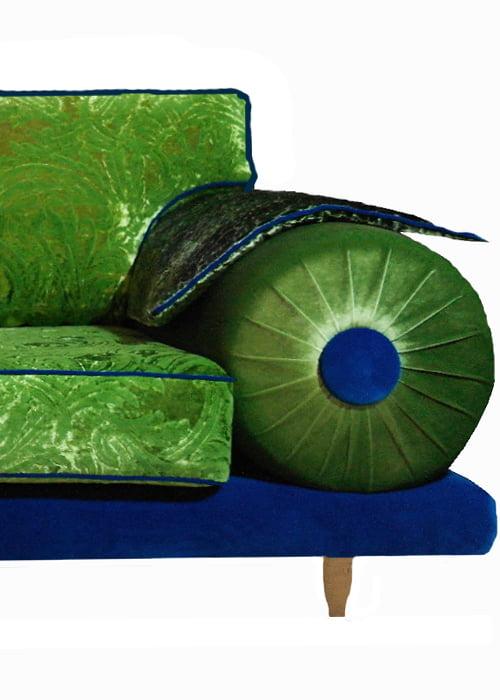 Casablancabank in kleurrijke en extravagante stofcombinatie 39 s kleur op kleur interieur - Oosters stof ...