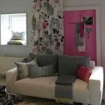 kleur-op-kleur-interieur-designers-quild-karpetten-gordijnen-kussens-plaids-behang-totaal-interieur-500x700-1