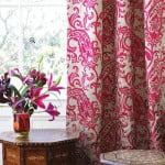 kleur-op-kleur-interieur-osbourne-little-klassiek-modern-totaal-interieur-bizonder-behang-woonstoffen-500x700-2