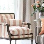 kleur-op-kleur-interieur-romo-klassiek-modern-totaal-interieur-bizonder-behang-woonstoffen-500x700-3