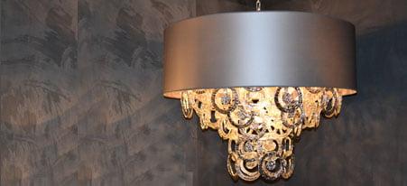 https://www.kleuropkleur.nl/wp-content/uploads/2014/03/verlichting-hanglampen-wandlampen-vloerlampen-tafelampen-sfeerverlichting-451x206-kleur-op-kleur-interieur-2.jpg