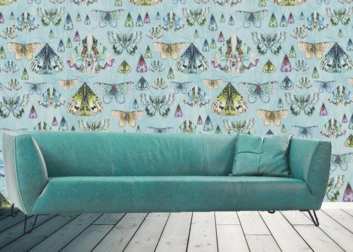 slide-design-banken-kleurrijk-designersguild-vlinder-behang-leder-stof-stoer-rank-kleur-op-kleur-interieur-700x500-1