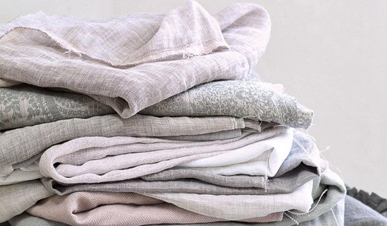 vouw-gordijnen-stoffige-tinten-stoere-linnen-kwaliteit-woonstoffen-2017-kleur-op-kleur-interieur-8