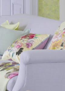 designers-guild-collectie-behang-kussens-gordijnen-bloemen-flora-plaids-kleur-op-kleur-interieur-2017-500x700-8