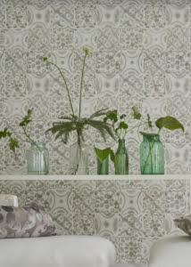 designers-guild-collectie-behang-vintage-geometrisch-green-kussens-gordijnen-bloemen-flora-blauw-plaids-kleur-op-kleur-interieur-2017-500x700-14