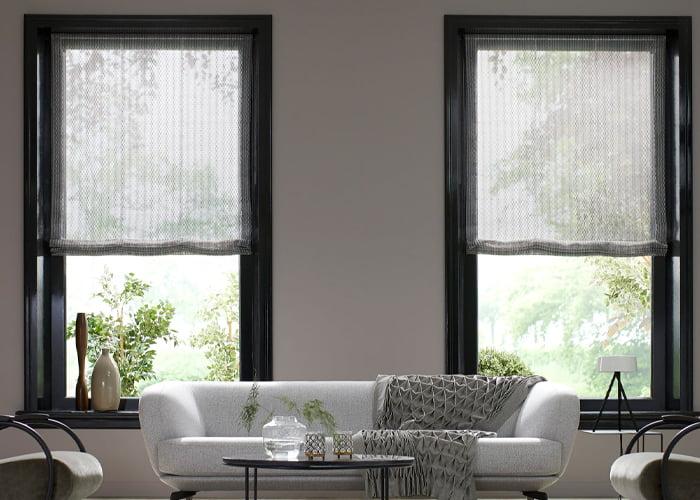 sunway-vouwgordijnen-woonwinkel-kleur-op-kleur-interieur-vouwgordijnen-linnen grijs-taupe-actie-somfy-moter-2019-700x500-4